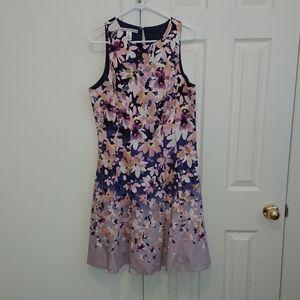 Maggie London A-line floral dress - flattering fit